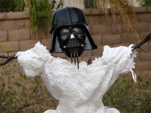OMG it's Darth Vader + a wedding dress.