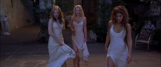 a still of three lady vampires dressed in negligees from Dracula 2000